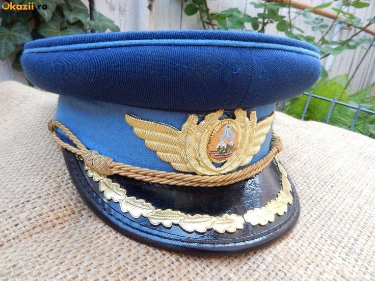 Cascheta parada de ofiter de aviatie RSR / Romanian People's Air Force officers' parade dress uniform visor cap.