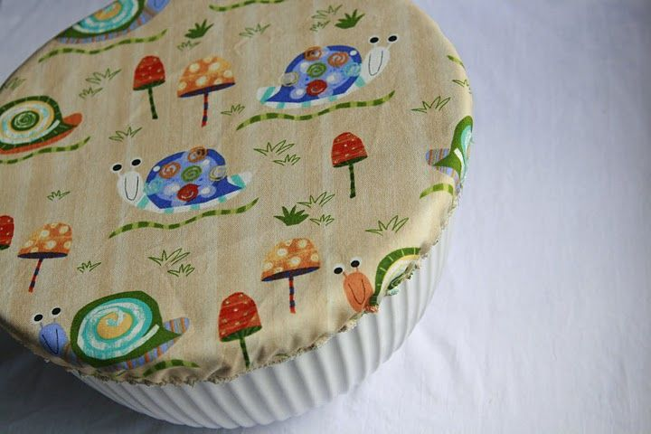 No plastic wrap bowl cover. Great idea!  Must pull my sewing machine out and learn to use it.  Ha!