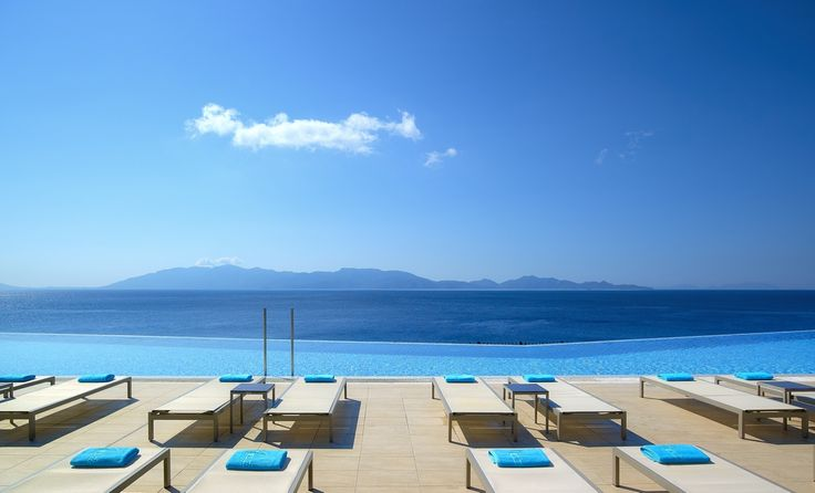 The colors of Greece. The infinity pool at Michelangelo Resort. www.veranohotels.com