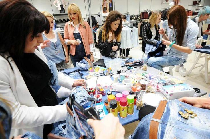 Celebryci i blogerzy modowi podczas eventu prezentującego nową kolekcję #Denim marki New Look #GaleriaMokotów #NewLook #Denim #2014 #shopping #jeans