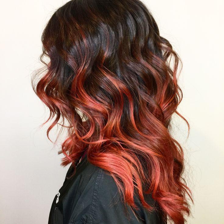 Hair painting with Magma by Blondor. Lift and tone⭐️Final look⭐️ #cassondralyon #fitchick #life #womenstyle #womensfashion #balayage #snapdragonstudio #longhairdontcare #wella #magma #womenshair #phoenixsalon #arizona #bumbleandbumble #instadaily #instahair #phoenixhairstylist #phoenixwedding #curls #awesome #loveyourself