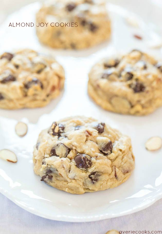 Almond Joy Cookies - If you like Almond Joy bars you're going to love these! Soft, chewy and loaded with coconut, almonds and dark chocolate!! Mmm! from @averie