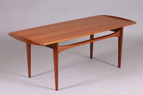 Table, Tove & Edvard Kindt-Larsen