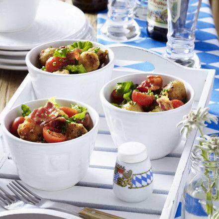 Knödel-Salat mit Speck Rezept   LECKER