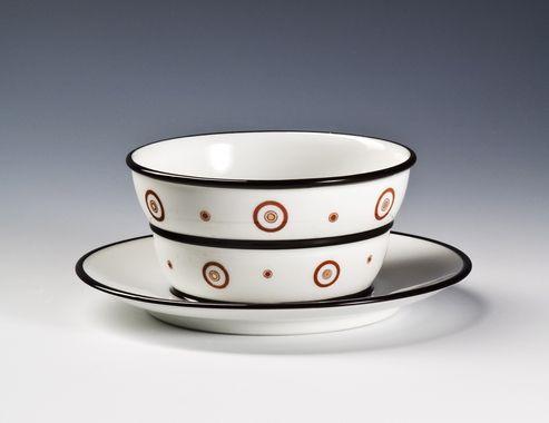 gravy cup by Nora Gulbrandsen  for Porsgrund Porselen. Date 1930