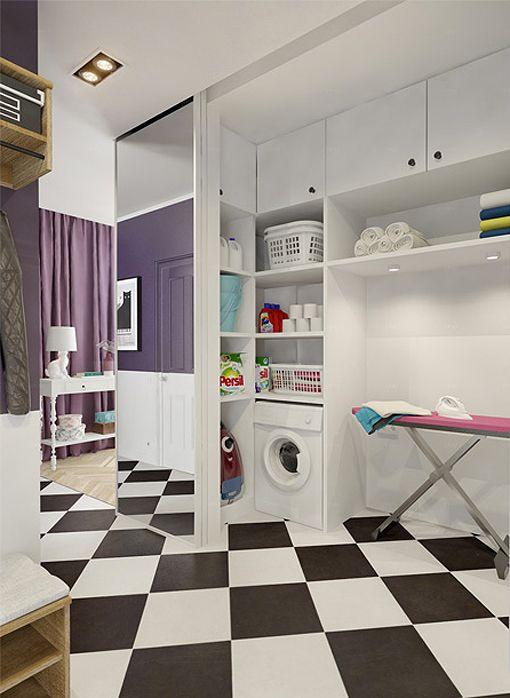 Zona de lavado y plancha con puertas correderas de espejo