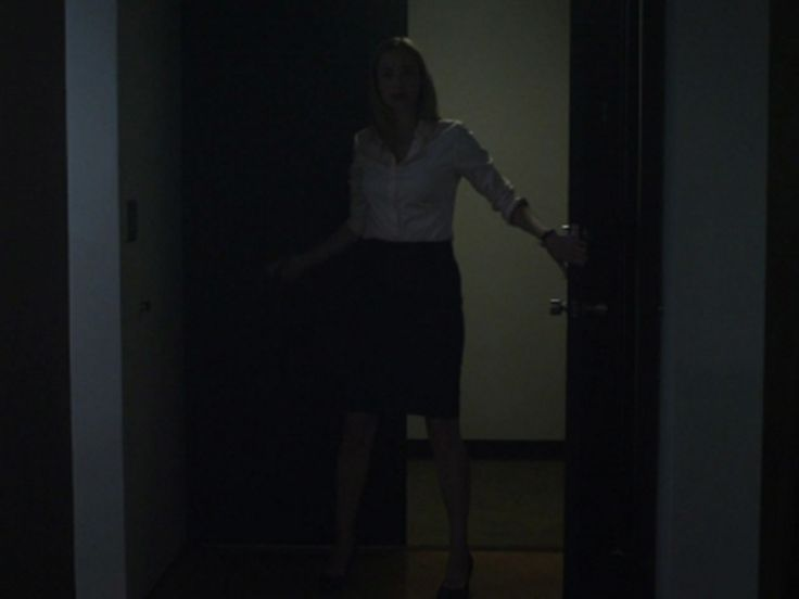 Christina Gallagher's Non-Iron Fitted Sateen Shirt on House of Cards