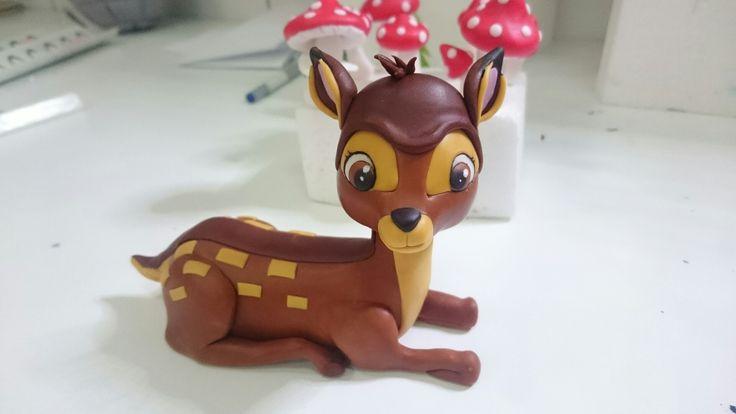 Bambi cake figurine