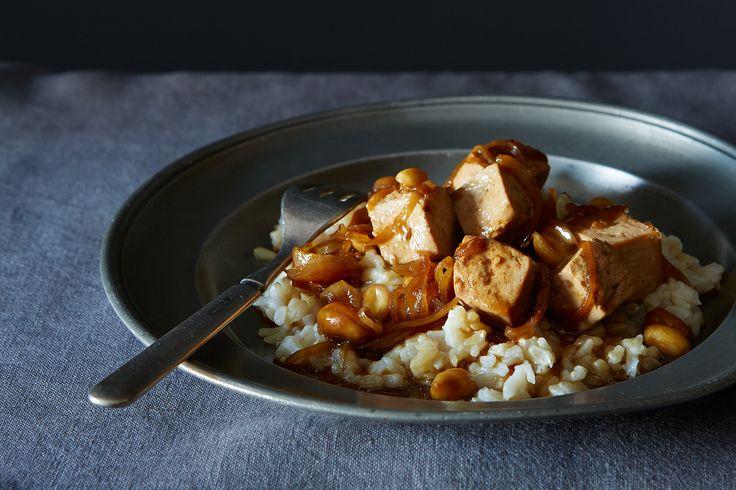 A Weeknight-Friendly Tofu Peanut Stir-Fry