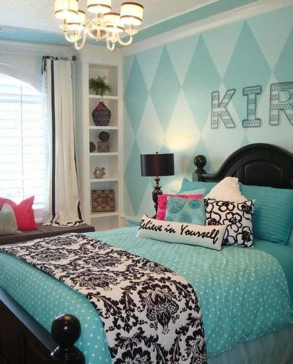 Cute bedroom idea   also what I would like