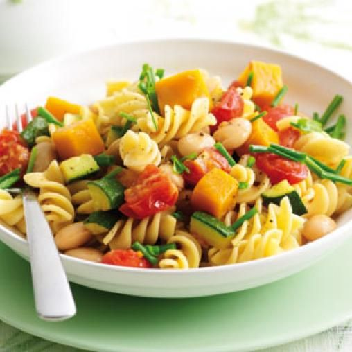 Chunky spring vegie pasta with chives