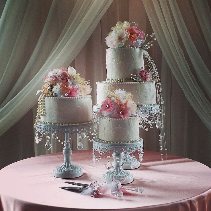 Vintage boutique pearls wedding cake. Three tier