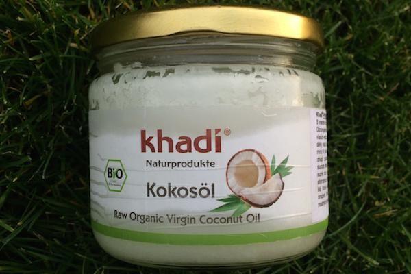 Kokosový olej + tip na výrobu zubní pasty