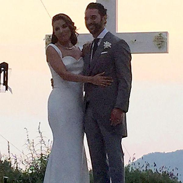 Eva Longoria and José Antonio Bastón Are Married! See the Photos from the Stunning Party http://www.people.com/article/eva-longoria-jose-baston-wedding-married