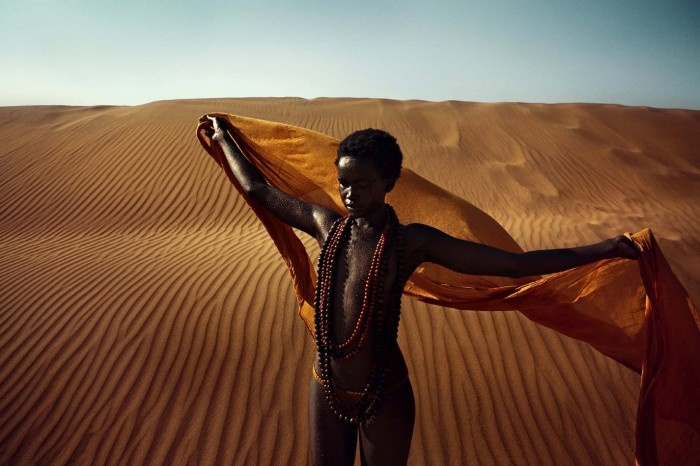 South African photographer Alexa Singer and Sudanese model Akuol