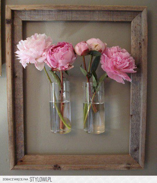 okno wazon kwiaty - dekoracja diy na Stylowi.pl