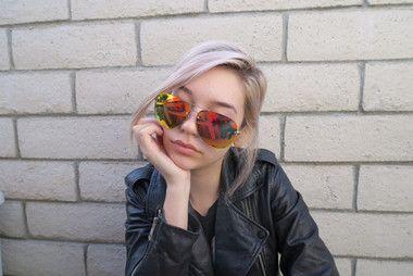 Quay Australia x Amanda Steele Muse Sunglasses Gold Red - The Style  Merchant. Espelho VermelhoÓculos Escuros ... 9672b5ac78