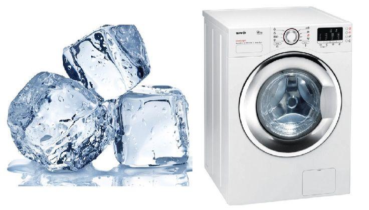Ella pone cubos de hielo en la secadora, ¡el resultado es asombroso! ¡Debes probar esto! La secadora es un aparato infaltable en el hogar y la mayoría la utiliza más de una vez por semana, por supuesto, todos queremos ropa suave y con aroma exquisito. Pero....¿poner cubos de hielo en la secadora?