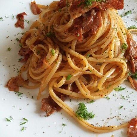 Spaghetti con sugo di porcini crudo e finocchio