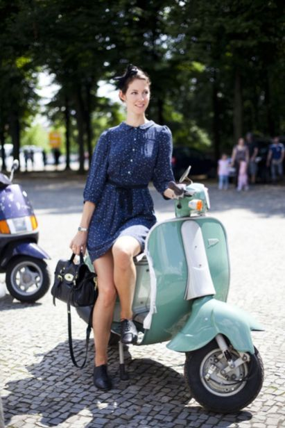 Scooter Girl Vespas 5