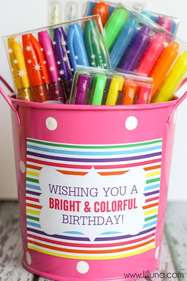 CUTE Art Supplies Birthday Gift Idea with Free Prints { lilluna.com }