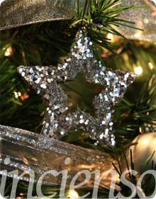 Árboles de navidad plateados