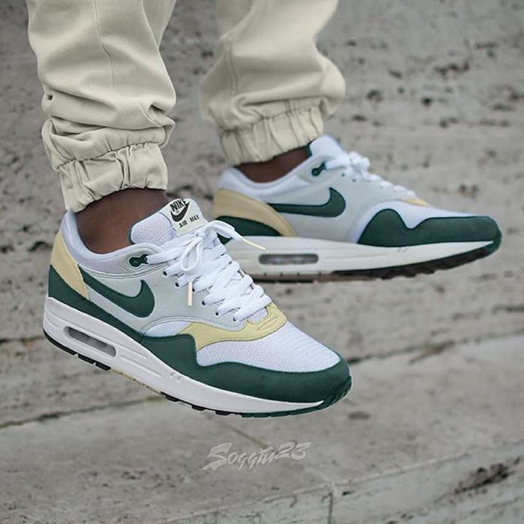 "Nike Air Max 1 ""Boston Celtics"""
