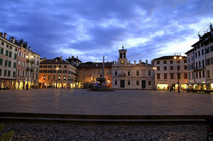 Udine Piazza San Giacomo - #udine #friuli #city #travel #italy - Stop&Sleep Udine
