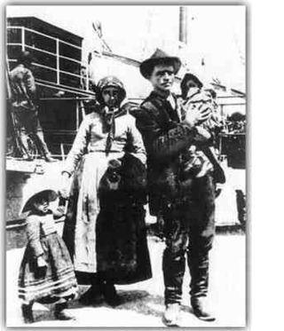 Durante el siglo XIX y hasta la primera mitad del siglo XX, Europa fue el escenario de una emigración masiva. Por falta de trabajo y por la miseria en que vivían11 , millones de habitantes de los países que hoy conforman la Unión Europea (UE) partieron a otros continentes, especialmente a América. Estas personas eran originarias en su mayoría de Alemania, Irlanda, Reino Unido, Polonia, Italia, Croacia, España y Portugal.inmigrantes en Argentina. 1857
