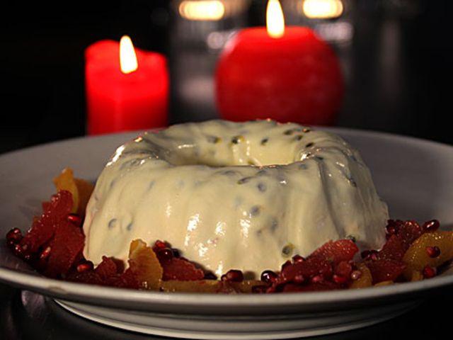Passionsfruktsparfait med citrussallad (kock Tina Nordström)