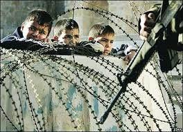 Αποτέλεσμα εικόνας για παιδι πολεμος