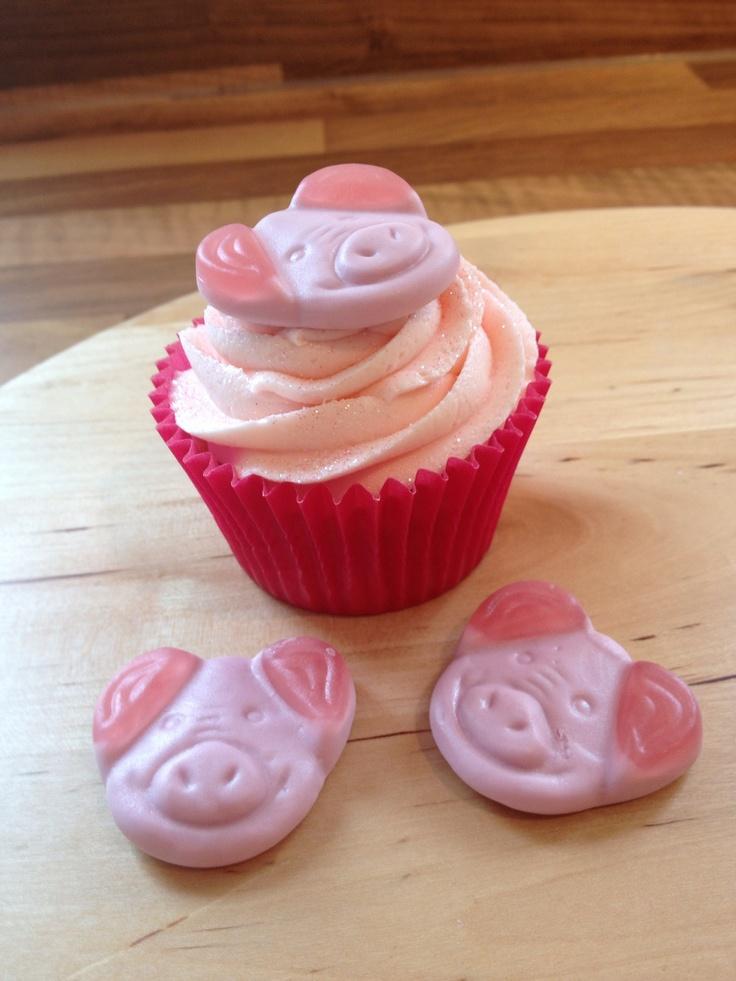 Percy pig cupcakes