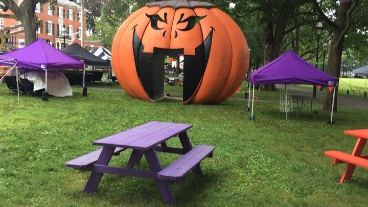 Tache Real Estate On Hubie Halloween Set Salem Common Looking To List Your North Shore Property Cont First Time Home Buyers Swampscott Home Buying