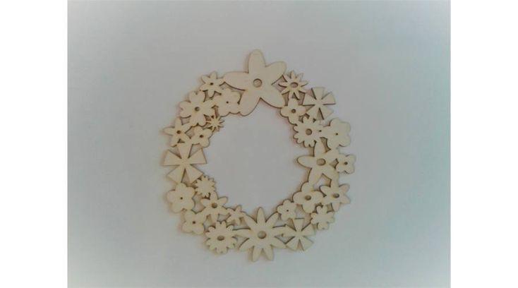 Virágkoszorú ajtódísz - KreatívHobbyDekor webáruház