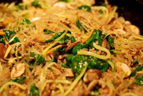 Stir Fried Kelp Noodles With Ground Beef, Broccoli Slaw, and Spinach | Award-Winning Paleo Recipes | Nom Nom Paleo
