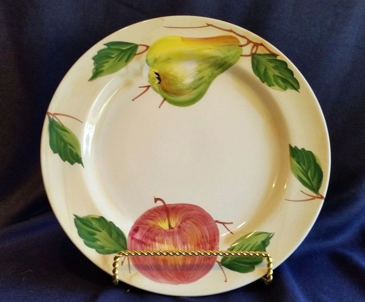 "HAND PAINTED DINNER PLATES MADE IN ITALY BY ANCORA FOR CRATE & BARRELL 11"". White with apple and pear. Excellent condition, no chips, cracks or crazing. 