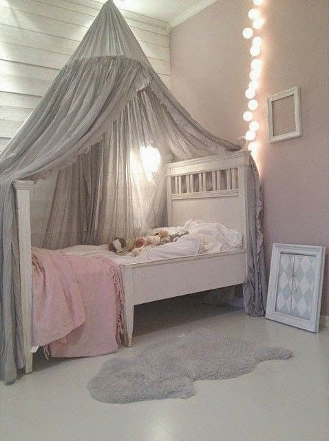 I love the grey drape over the bed. this would look so cute in M's room!