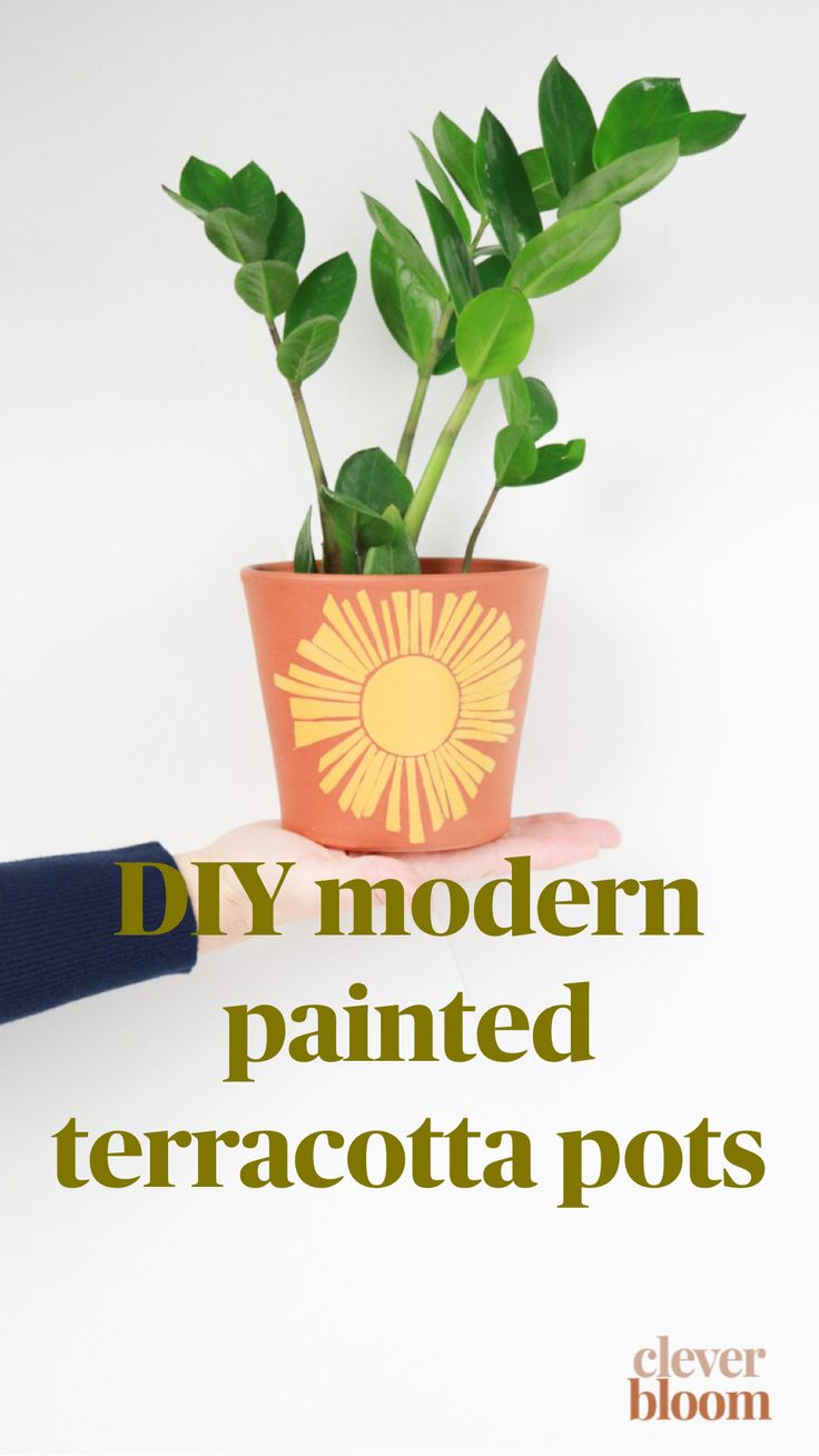 art deco home Fun Crafts To Do, Diy Crafts For Kids, Potted Plants, Plant Pots, Boho Diy, Painted Pots, Diy Planters, Terracotta Pots, Plant Decor