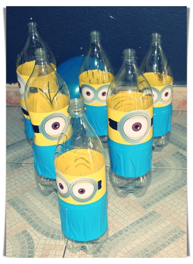 Minion Bottle Bowling Set