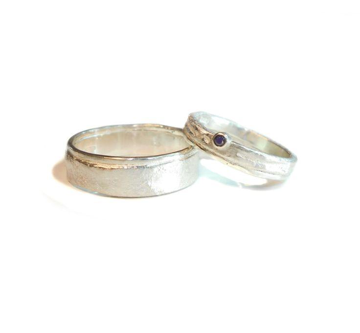 trouwringen zilver met saffier