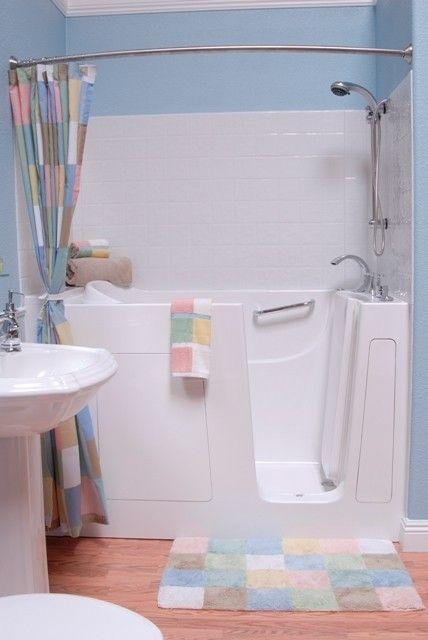 Best 25 japanese soaking tubs ideas on pinterest for Japanese whirlpool tub