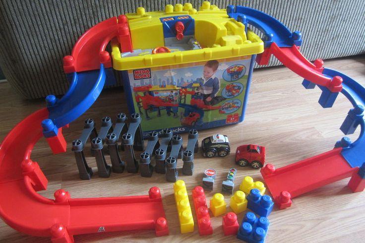 Rare Mega Bloks Tiny N Tuff Fast Track Block Building Race