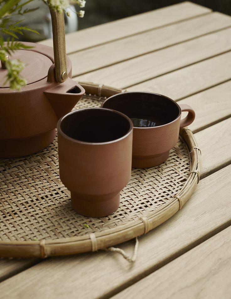 Edge Teapot, Cup and mug design by @STILLEBENdk