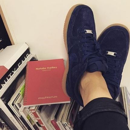 nike dunk low pro sb paris - Put your feet up in the Nike Air Force 1 Low in navy suede ...