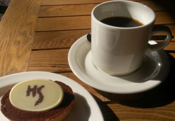 Helene Schjerfbeck bakelse + kaffe = 5,20€ Helene Schjerfbeck leivos + kahvi = 5,20€ Helene Schjerfbeck pastry + coffee = 5,20€ #EKTAMuseumcenter #HeleneSchjerfbeck #Schjerfbeck #Ekenäs #Raseborg