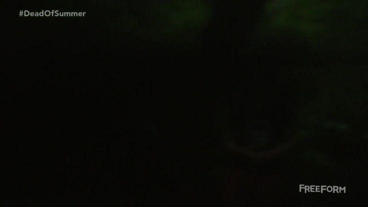 Разгар лета: 1 сезон 8 серия 2016 http://www.yourussian.ru/160732/разгар-лета-1-сезон-8-серия-2016/   Релиз ColdFilm: Действие сериала «Разгар лета» происходит в конце 80-х. Начались летние каникулы, впереди залитый солнцем сезон. Герои в качестве молодых вожатых приезжают в лагерь Стилвотер. Это местечко на американском среднем Западе кажется идиллическим: с первыми влюблённостями, первыми поцелуями… И первыми убийствами. Стилвотер пропитан какой-то древней мифологией, которой было суждено…