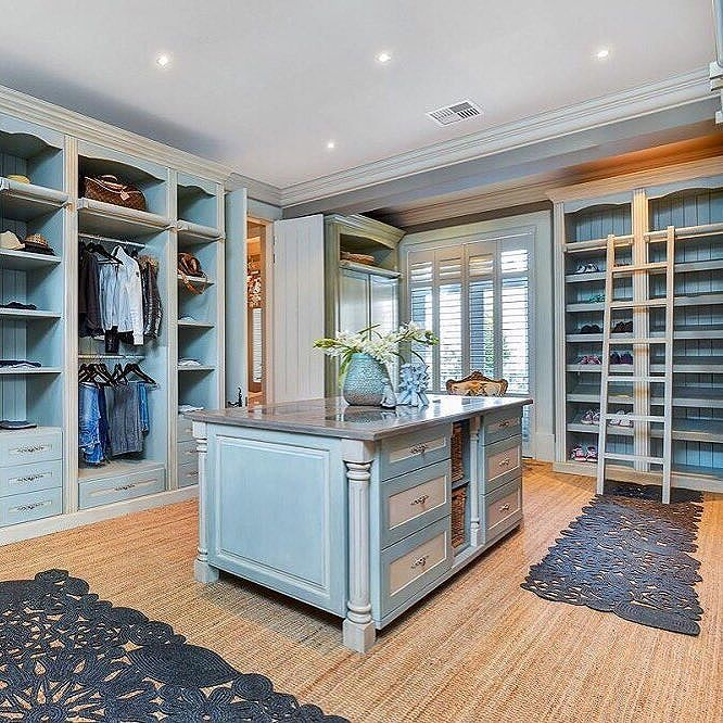 Have you made it to the top if you need a ladder to reach your shoes?  #walkinclosest #luxury #LuxuryPortfolio #ChasEveritt