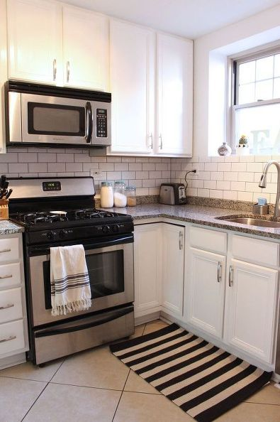 small kitchen makeovers 25 best ideas about small condo kitchen on 12122