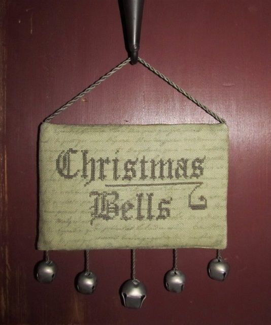 Christmas Bells free design from The Primitive Hare