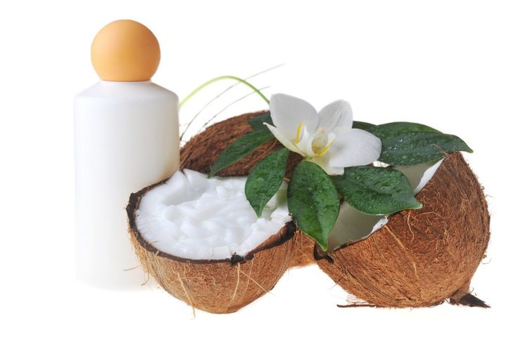 Coconut milk helps to nourish your hair by giving natural moisture from roots to end. This easy-to-follow recipe shows you how to make your own homemade coconut milk shampoo using simple ingredients.
